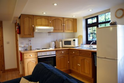 self catering holiday cottage kitchen area