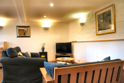 self catering holiday cottage lounge area